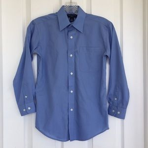 {Lord & Taylor} Collared Button Down Shirt | 10